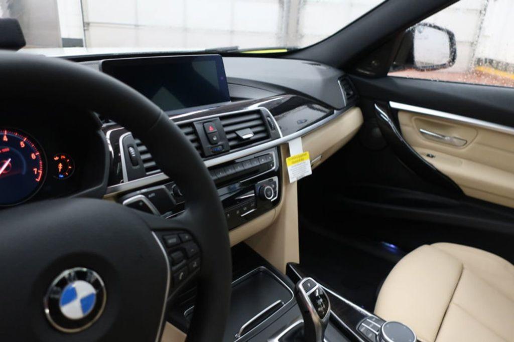 2018 BMW 3 Series 340i - 16926828 - 29