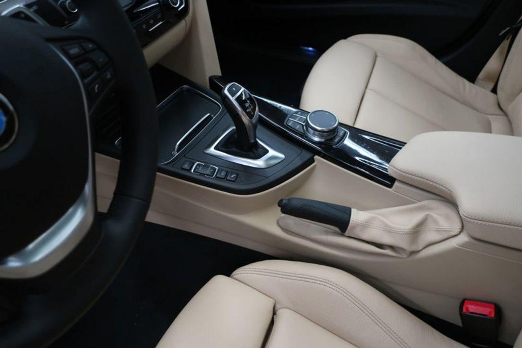 2018 BMW 3 Series 340i - 16926828 - 30