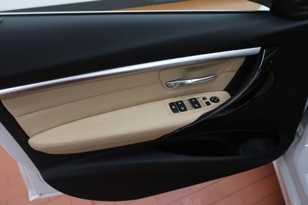 2018 BMW 3 Series 340i - 17118089 - 11