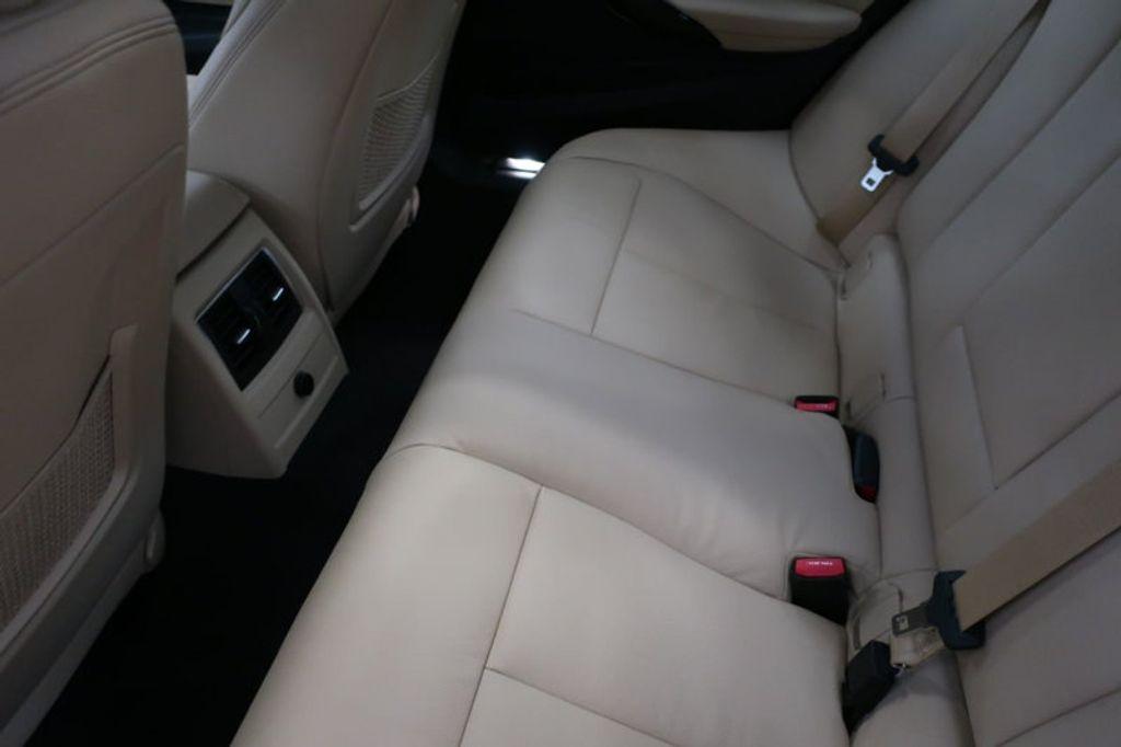 2018 BMW 3 Series 340i - 17118089 - 25