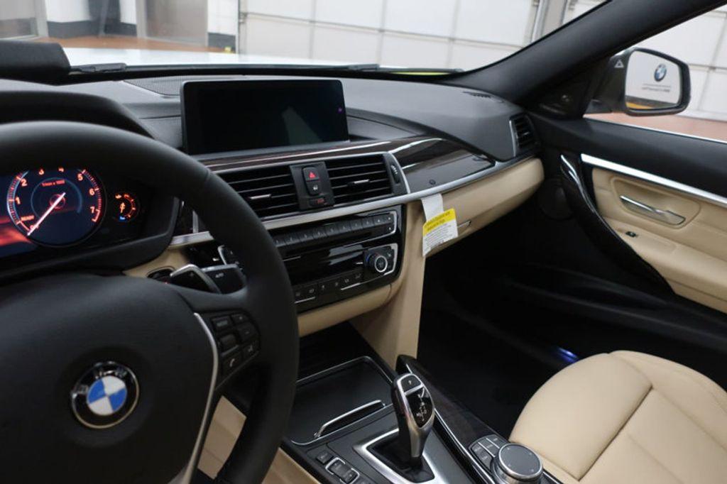 2018 BMW 3 Series 340i - 17118089 - 31