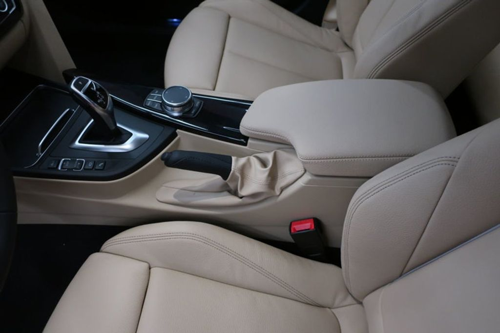 2018 BMW 3 Series 340i - 17118089 - 33