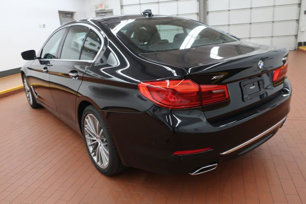 2018 BMW 5 Series 540i xDrive - 17935793 - 2