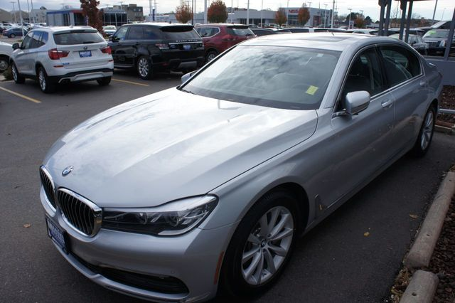 2018 BMW 7 Series 740i xDrive - 18257405 - 1