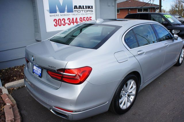 2018 BMW 7 Series 740i xDrive - 18257405 - 3