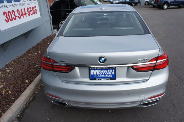2018 BMW 7 Series 740i xDrive - 18257405 - 4