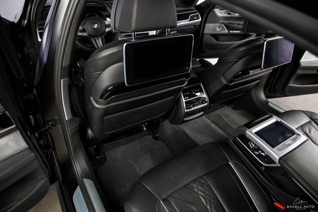 2018 BMW 7 Series M760i xDrive - 18602681 - 14