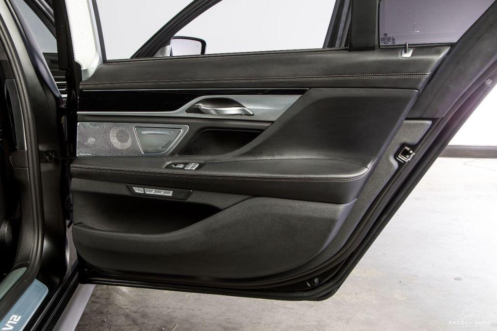 2018 BMW 7 Series M760i xDrive - 18602681 - 27