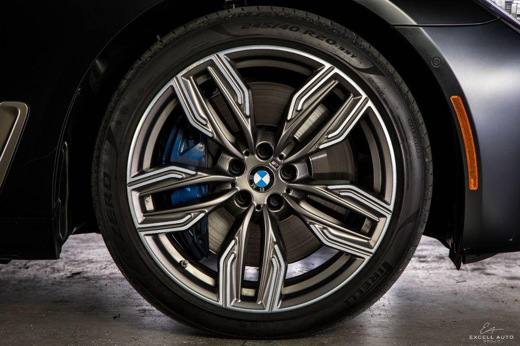 2018 BMW 7 Series M760i xDrive - 18602681 - 44