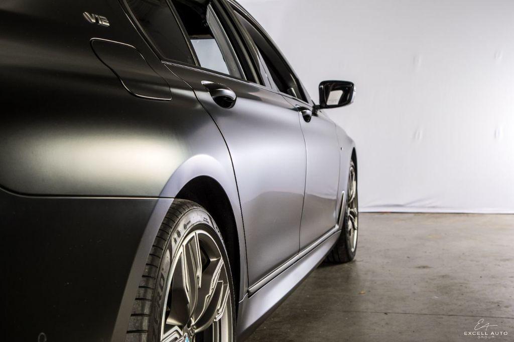 2018 BMW 7 Series M760i xDrive - 18602681 - 47