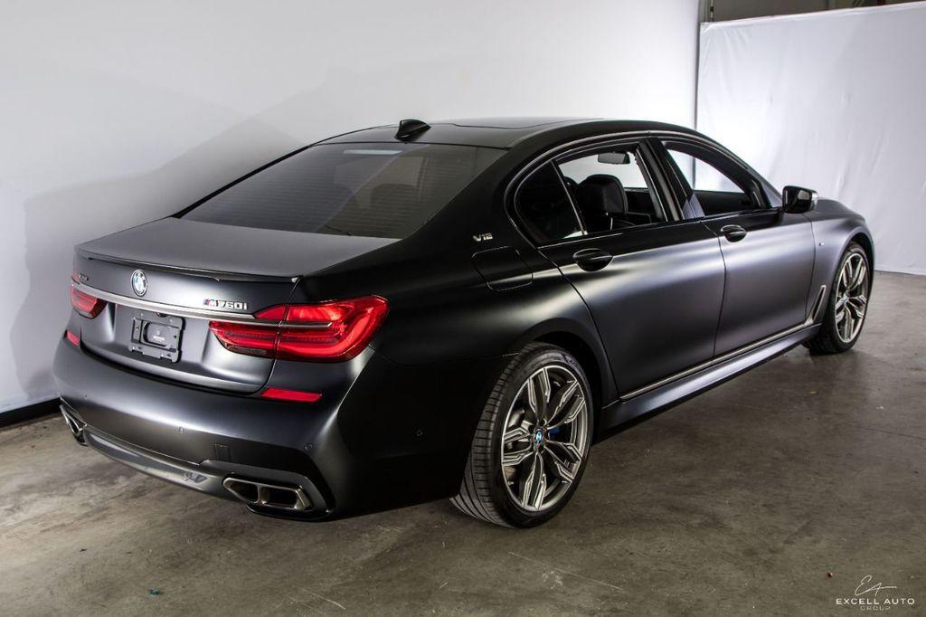 2018 BMW 7 Series M760i xDrive - 18602681 - 4