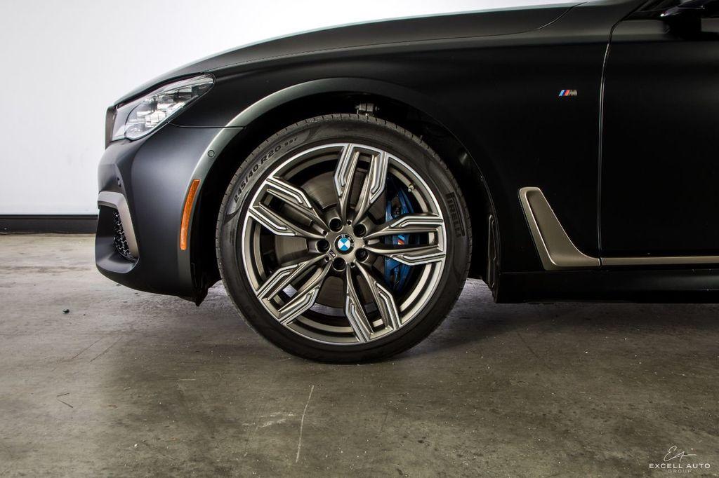 2018 BMW 7 Series M760i xDrive - 18602681 - 60