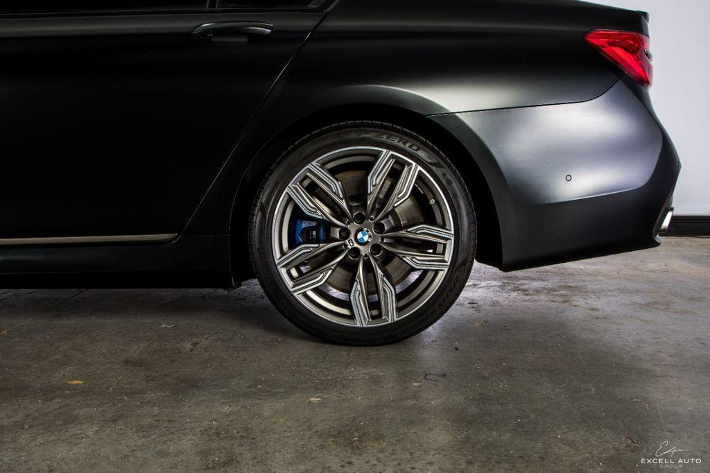 2018 BMW 7 Series M760i xDrive - 18602681 - 63