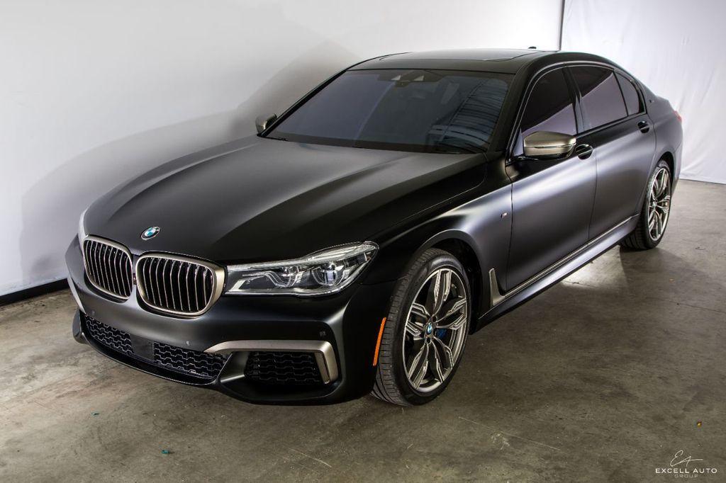 2018 BMW 7 Series M760i xDrive - 18602681 - 7