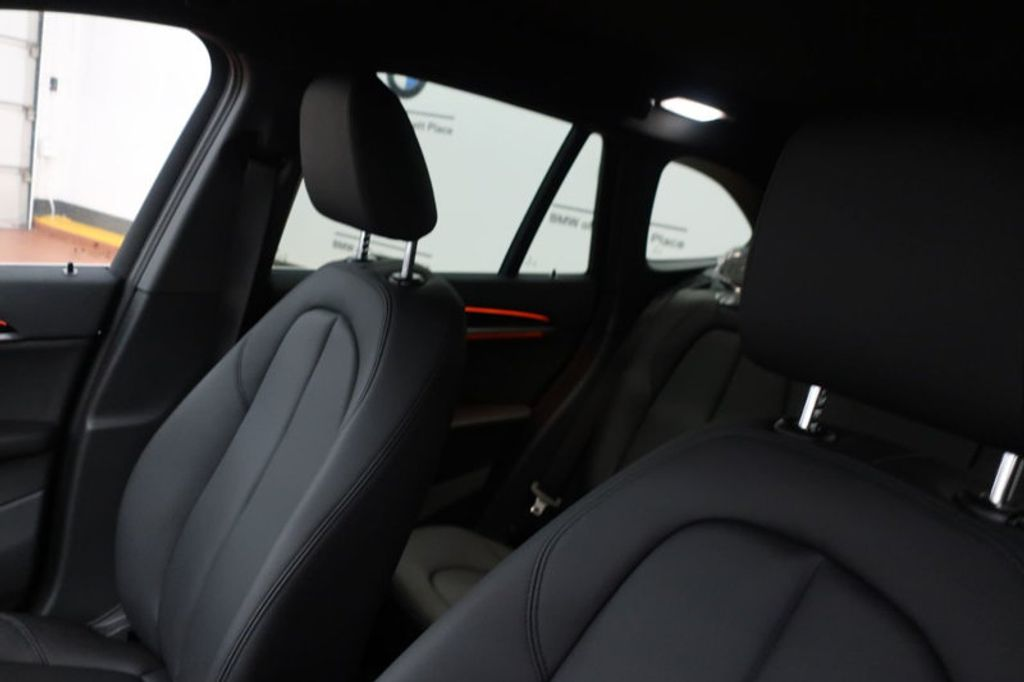 2018 BMW X1 sDrive28i Sports Activity Vehicle - 17034309 - 31