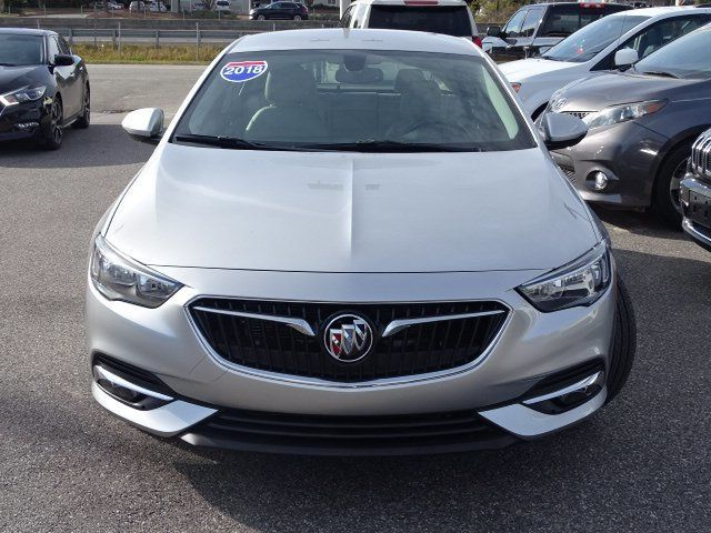 2018 Buick Regal Sportback 4dr Sedan Essence FWD - 18413383 - 1