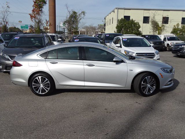 2018 Buick Regal Sportback 4dr Sedan Essence FWD - 18413383 - 21