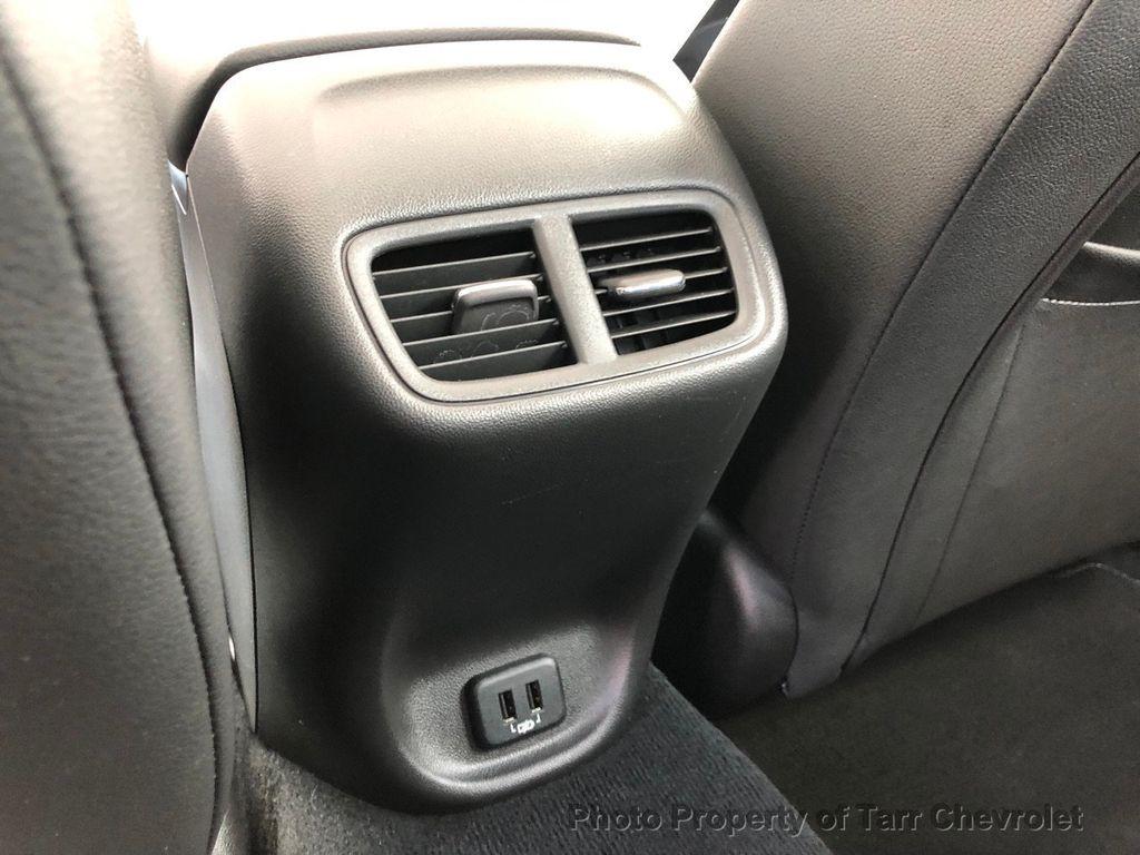 2018 Buick Regal Sportback 4dr Sedan Essence FWD - 18540713 - 17