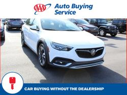 2018 Buick Regal TourX - W04GV8SXXJ1147697