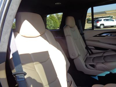 2018 Cadillac Escalade 2WD Platinum w/SUNROOF, DVD, NAV, A/C SEATS $95K MSRP - Click to see full-size photo viewer