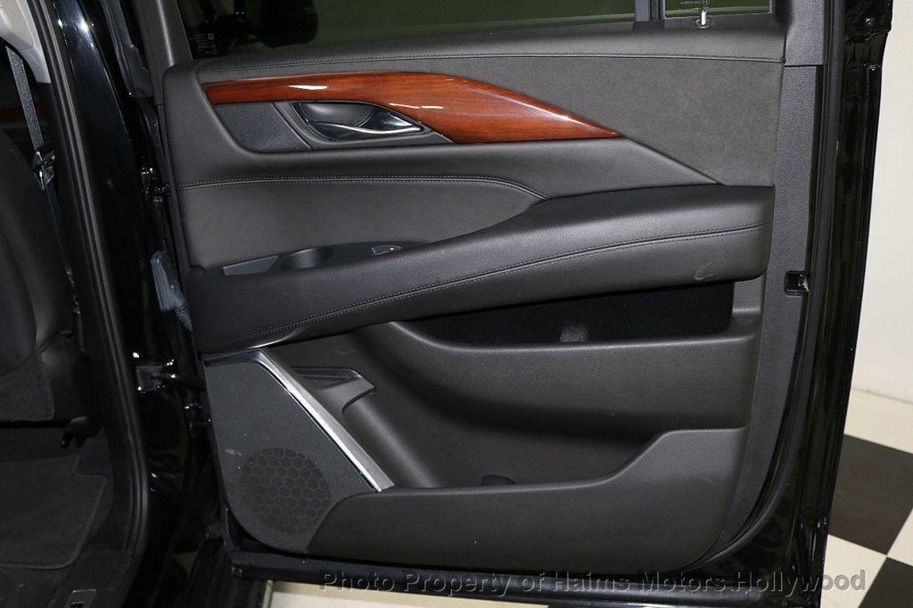 2018 Cadillac Escalade ESV 2WD 4dr Luxury - 17749266 - 13
