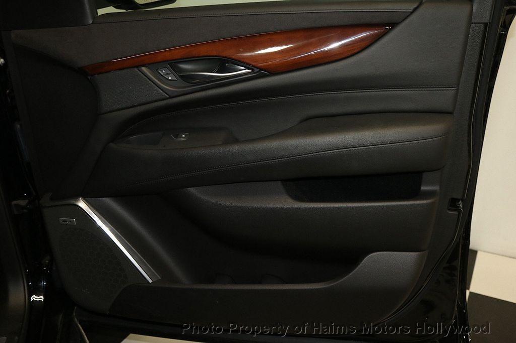 2018 Cadillac Escalade ESV 2WD 4dr Luxury - 17749266 - 14