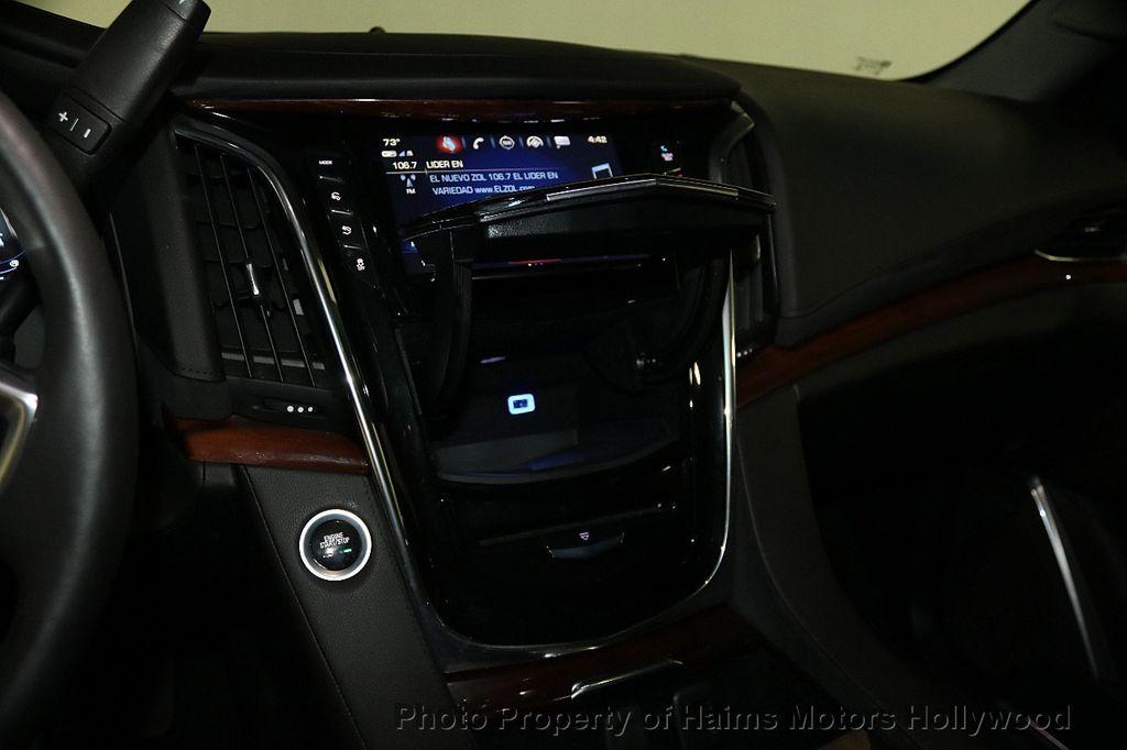 2018 Cadillac Escalade ESV 2WD 4dr Luxury - 17749266 - 23