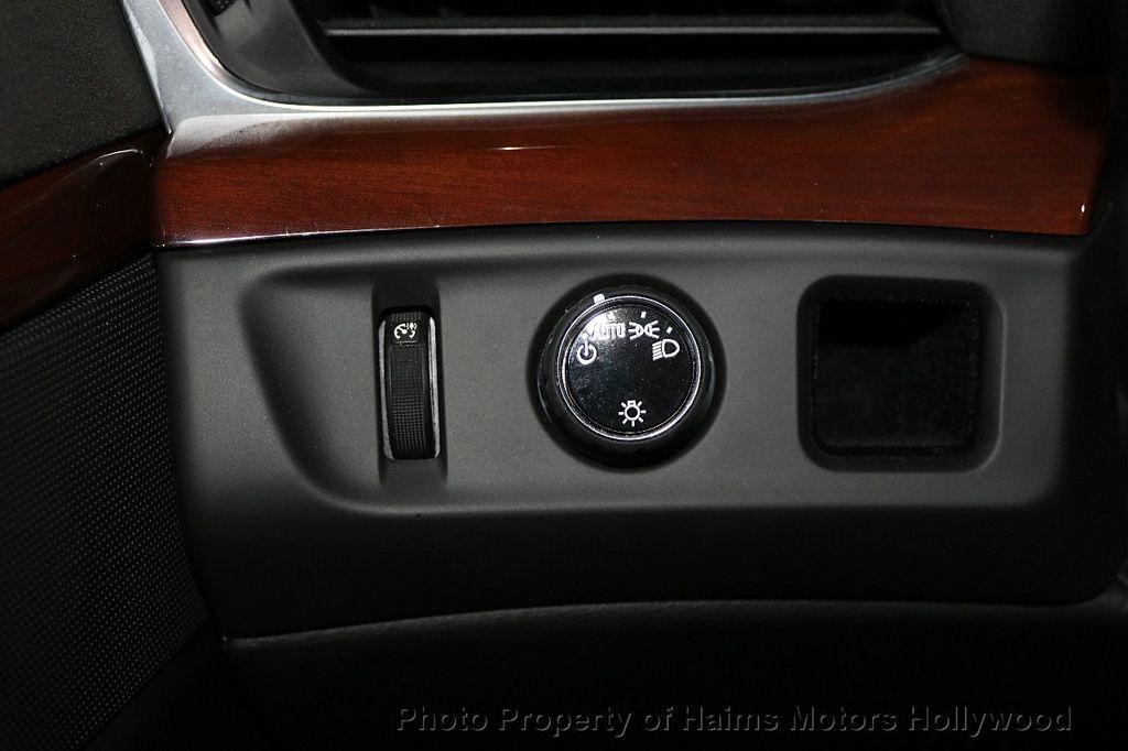 2018 Cadillac Escalade ESV 2WD 4dr Luxury - 17749266 - 28