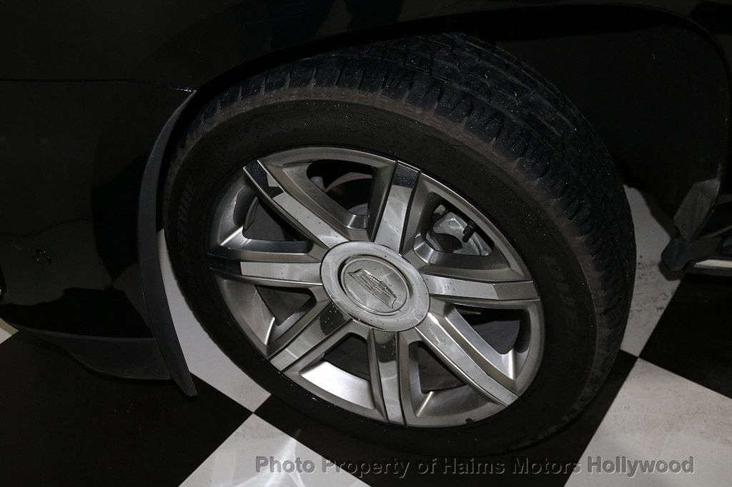 2018 Cadillac Escalade ESV 2WD 4dr Luxury - 17749266 - 39