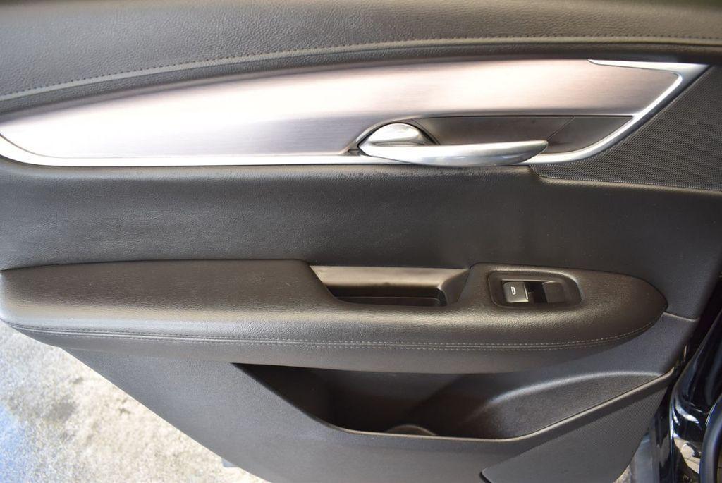 2018 Cadillac XT5 Crossover FWD 4dr Premium Luxury - 18078911 - 13
