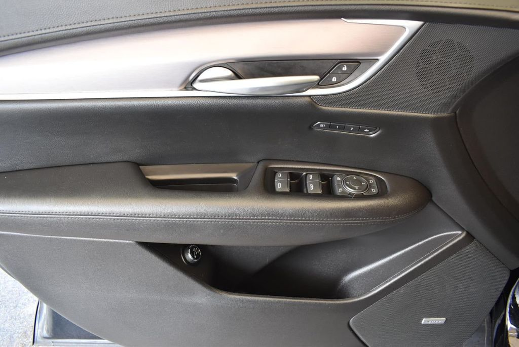 2018 Cadillac XT5 Crossover FWD 4dr Premium Luxury - 18078911 - 26