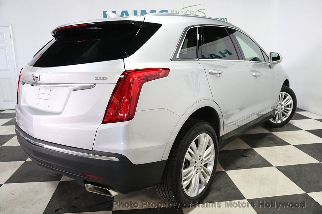 2018 Cadillac XT5 Crossover FWD 4dr Premium Luxury - 17938715 - 6