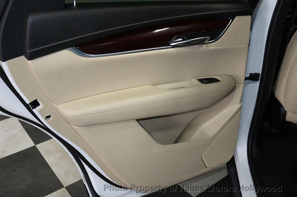 2018 Cadillac XT5 Crossover FWD 4dr Premium Luxury - 18196869 - 12
