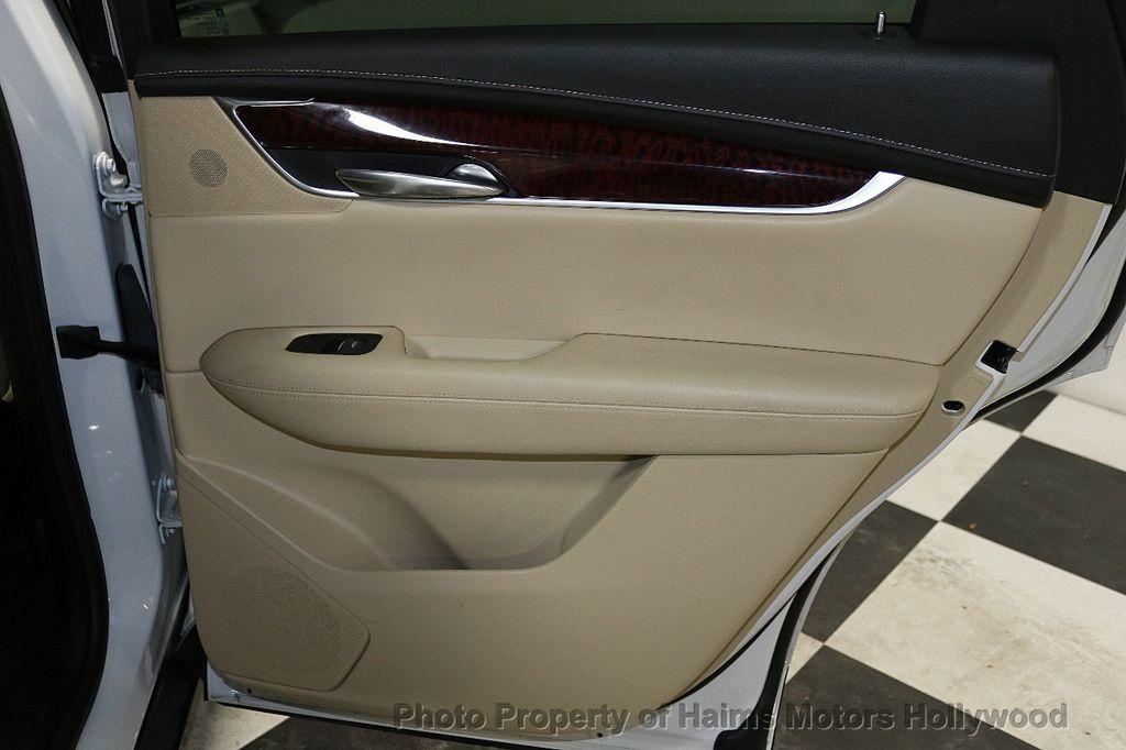 2018 Cadillac XT5 Crossover FWD 4dr Premium Luxury - 18196869 - 13
