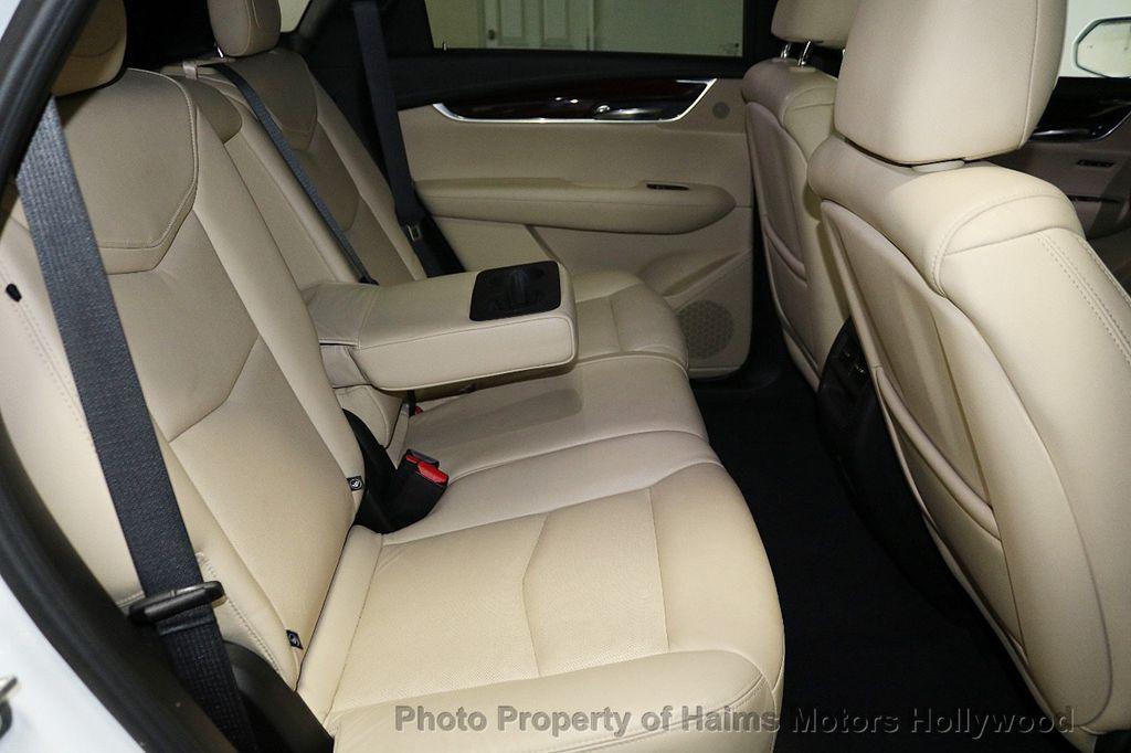 2018 Cadillac XT5 Crossover FWD 4dr Premium Luxury - 18196869 - 16