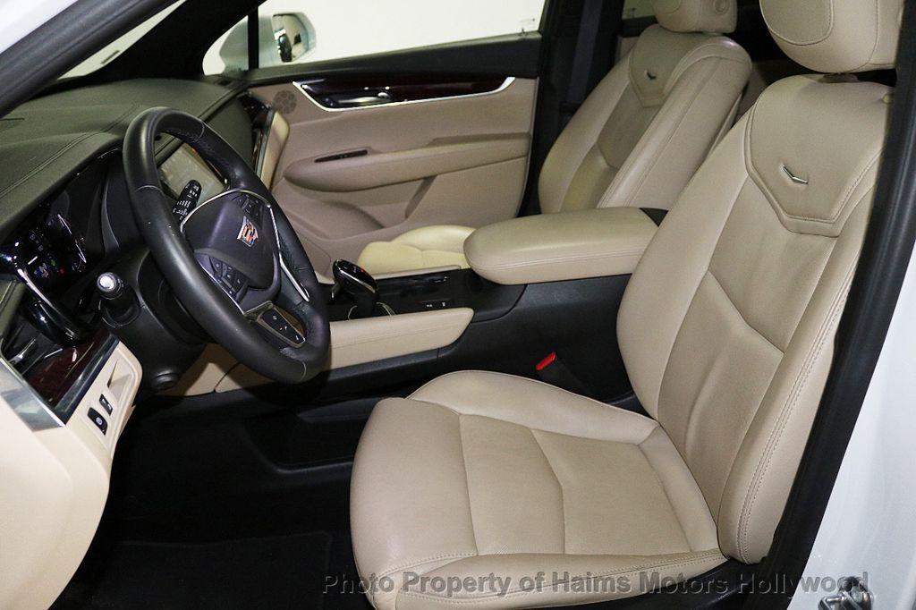 2018 Cadillac XT5 Crossover FWD 4dr Premium Luxury - 18196869 - 18