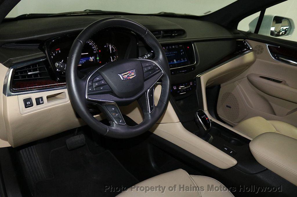 2018 Cadillac XT5 Crossover FWD 4dr Premium Luxury - 18196869 - 19