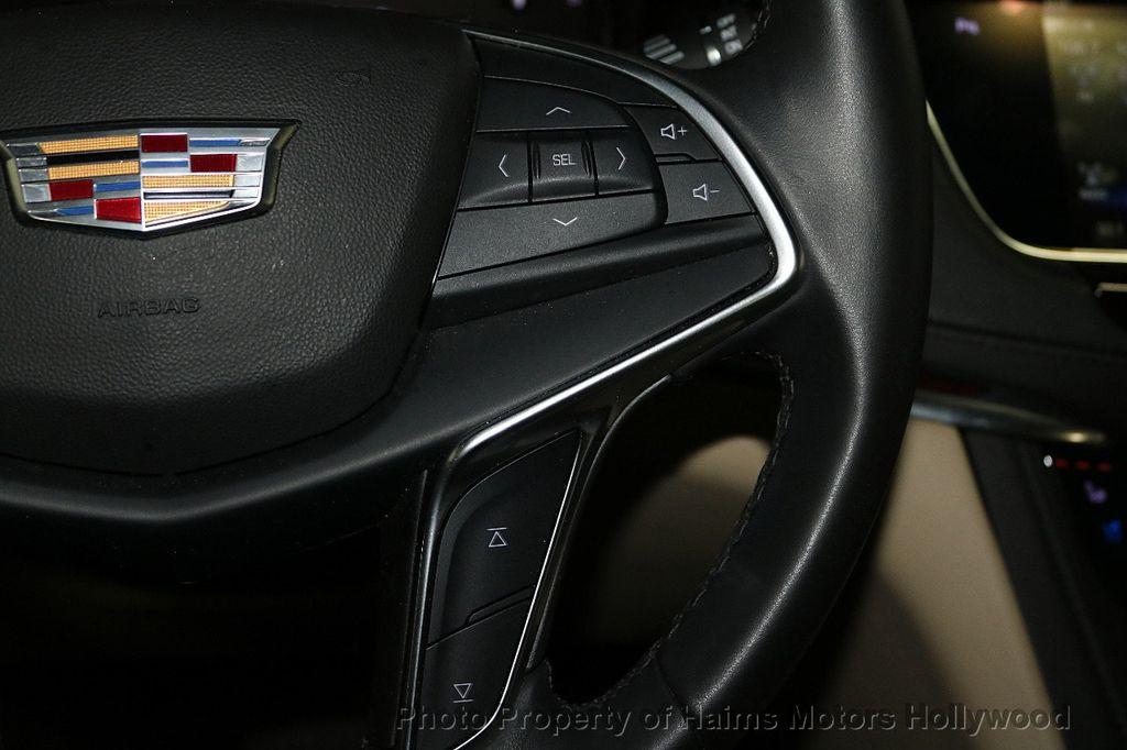 2018 Cadillac XT5 Crossover FWD 4dr Premium Luxury - 18196869 - 27