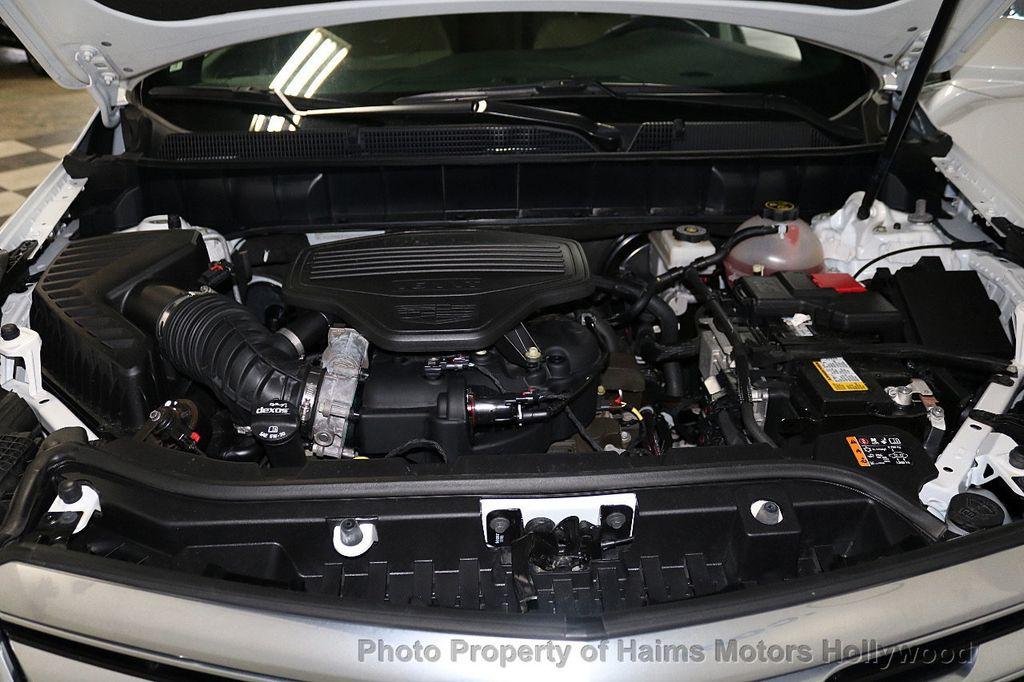 2018 Cadillac XT5 Crossover FWD 4dr Premium Luxury - 18196869 - 35