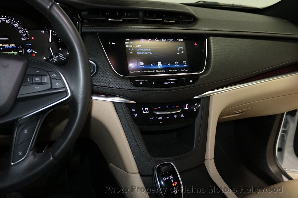 2018 Cadillac XT5 Crossover FWD 4dr Premium Luxury - 18319610 - 20