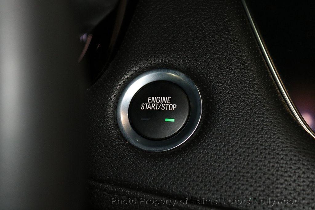 2018 Cadillac XT5 Crossover FWD 4dr Premium Luxury - 18319610 - 22
