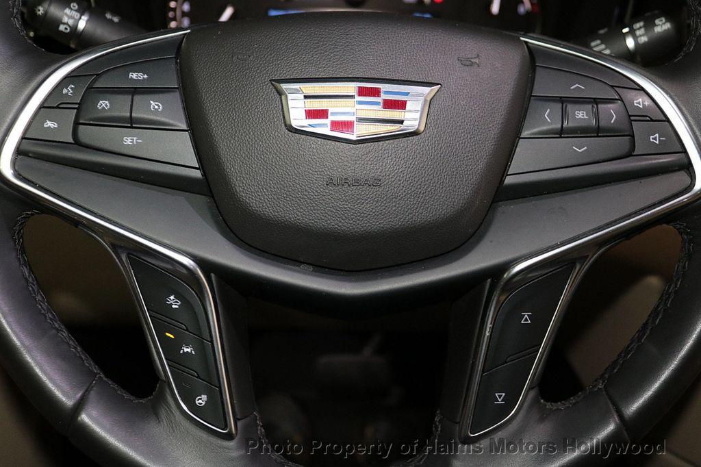 2018 Cadillac XT5 Crossover FWD 4dr Premium Luxury - 18319610 - 27