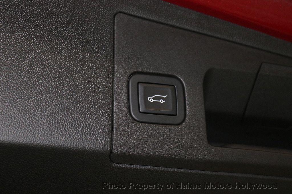 2018 Cadillac XT5 Crossover FWD 4dr Premium Luxury - 18353238 - 10