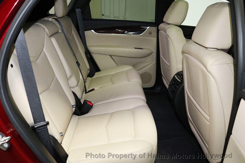 2018 Cadillac XT5 Crossover FWD 4dr Premium Luxury - 18353238 - 16