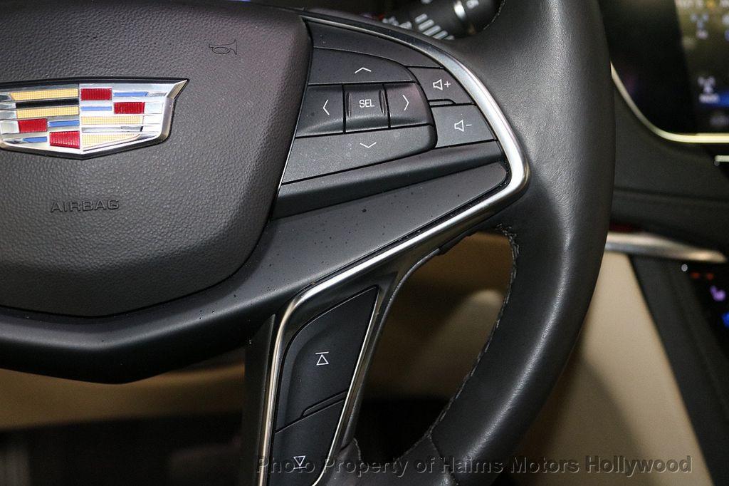2018 Cadillac XT5 Crossover FWD 4dr Premium Luxury - 18353238 - 26