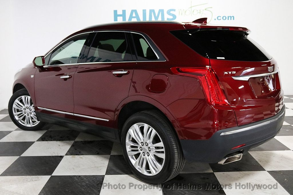 2018 Cadillac XT5 Crossover FWD 4dr Premium Luxury - 18353238 - 4