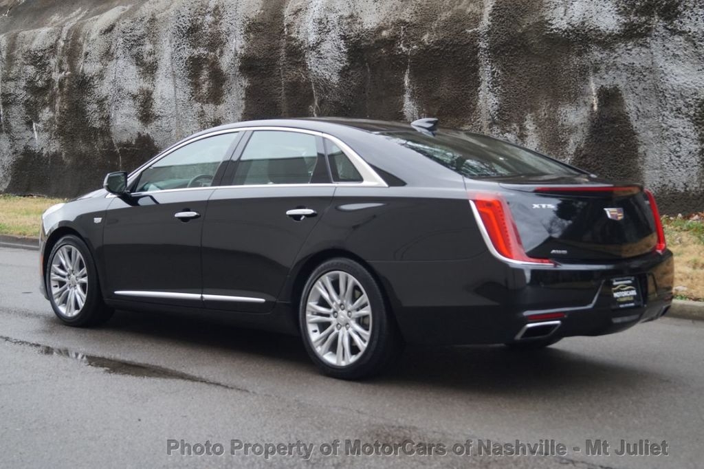 2018 Cadillac XTS 4dr Sedan Luxury AWD - 18398518 - 11