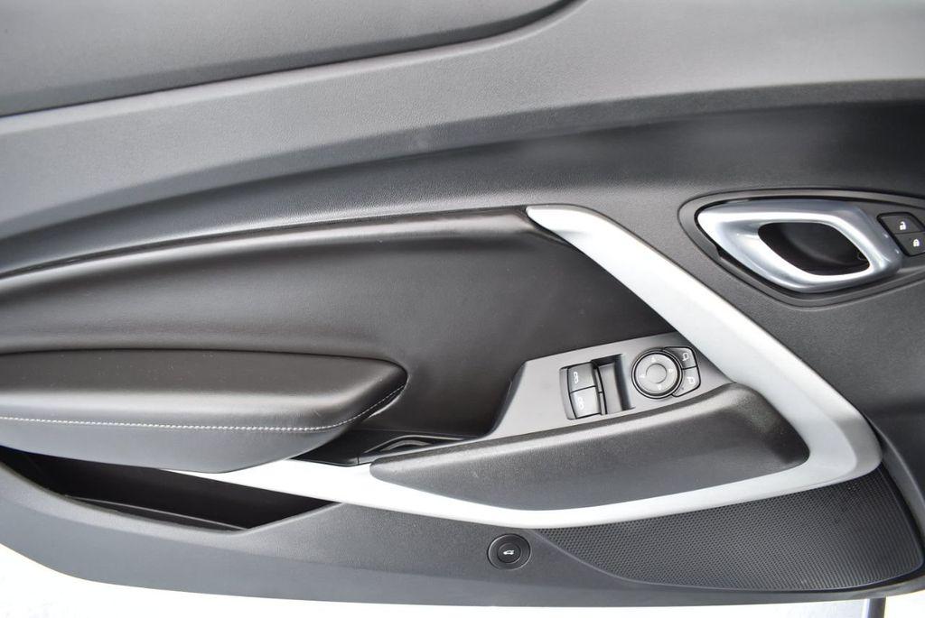 2018 Chevrolet Camaro 2dr Coupe LT w/1LT - 18303237 - 14