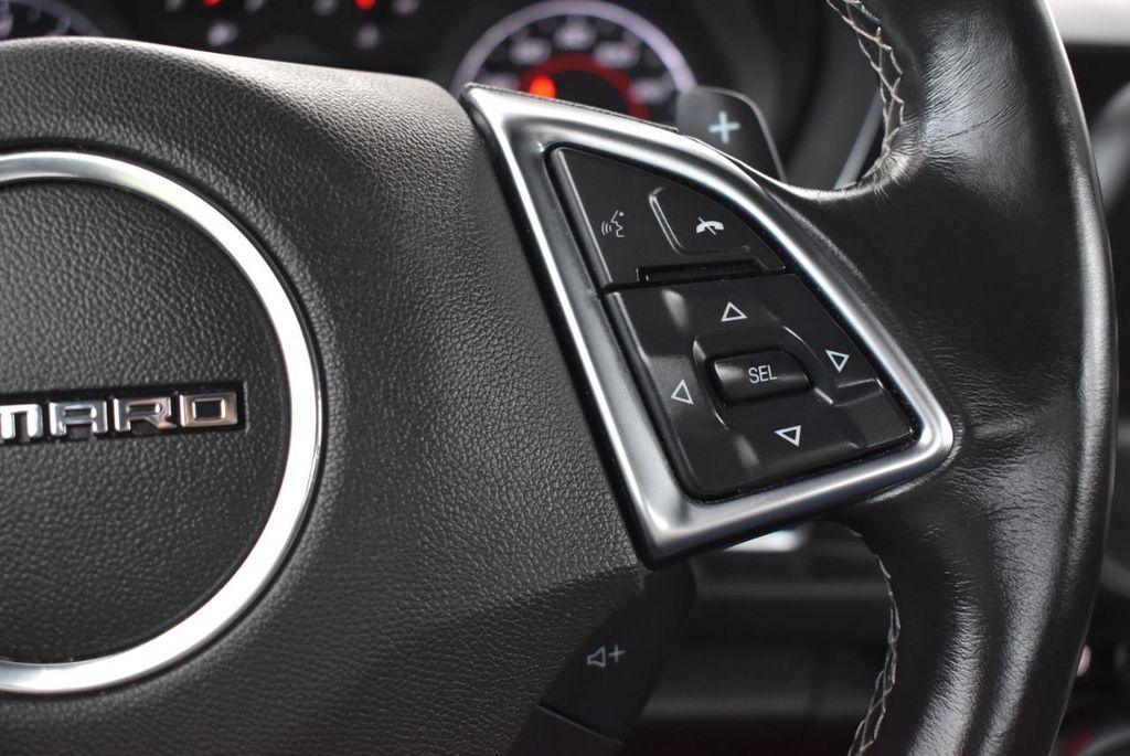 2018 Chevrolet Camaro 2dr Coupe LT w/1LT - 18303237 - 17