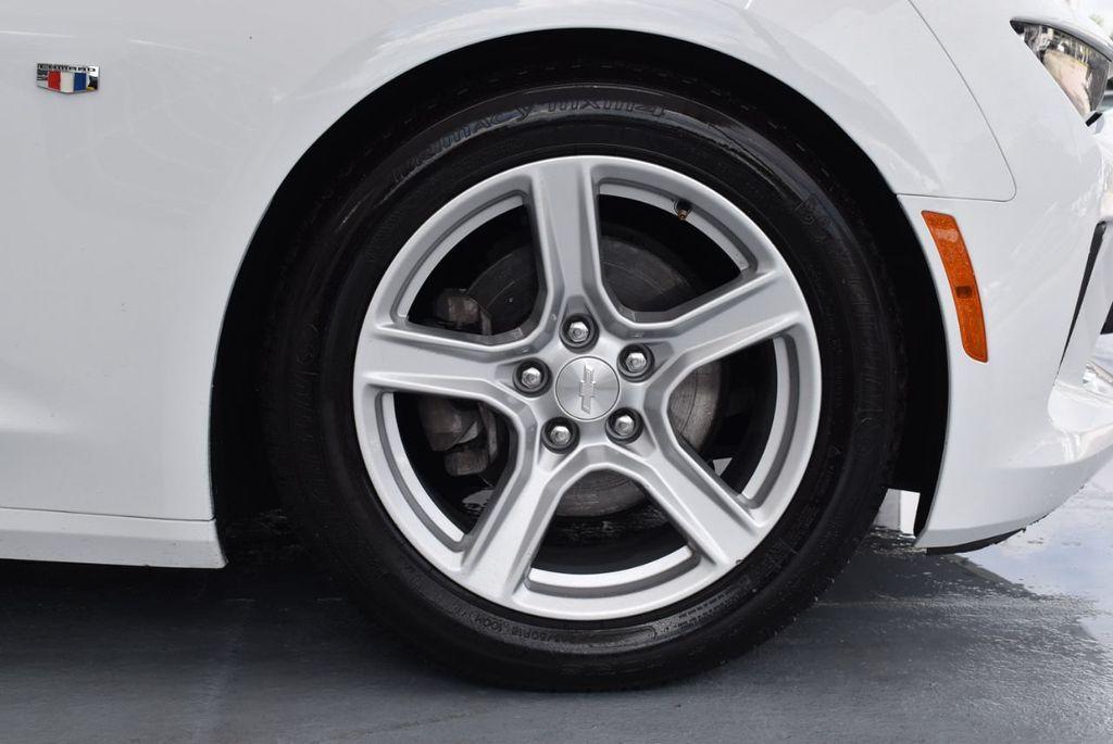 2018 Chevrolet Camaro 2dr Coupe LT w/1LT - 18303237 - 8
